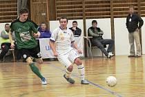 Prvenství v základní části 2. ligy futsalistů si českolipští Démoni upevnili výhrou nad Mělníkem.