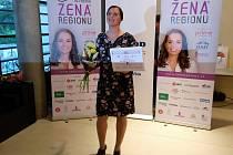 Loňská vítězka krajského kola soutěže Žena roku Kamila Dvořáková je bývala manažerka z Prahy.