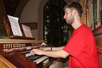 Strážský kostel sv. Zikmunda nabídl v pátek koncerty i přednášku na faře. Zavítala sem šedesátka lidí.
