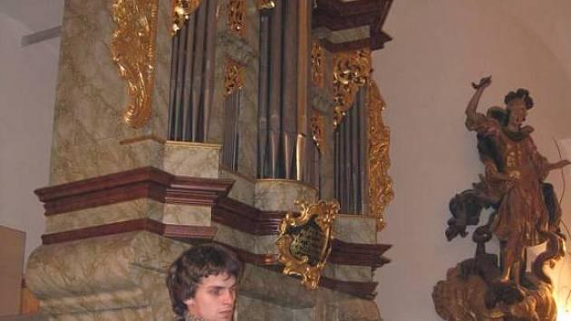 Varhany v Prysku