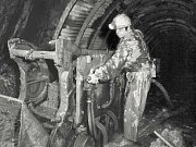 Kromě chemické probíhala v Podralsku i hlubinná těžba.