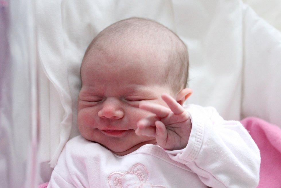 Rodičům Kateřině a Milošovi Černouškovým ze Zákup se v neděli 1. března v 0:10 hodin narodila dcera Aneta Černoušková. Měřila 50 cm a vážila 2,94 kg.