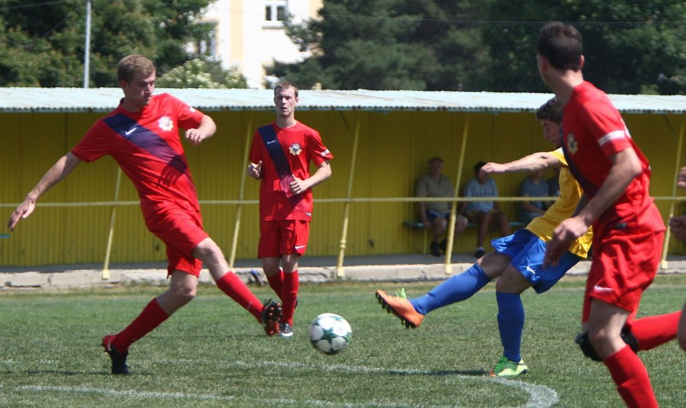 I. B třída: Lokomotiva Česká Lípa - Chrastava B 4:0 (1:0).