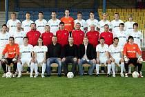 Realizační tým a hráči českolipského Arsenalu.