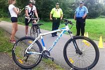 Jak bezpečně na kole, poradili českolipští strážníci společně s Týmem silniční bezpečnosti.