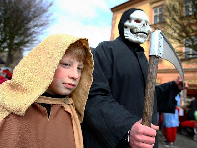 Jakou masku zvolit? Fantazii se meze nekladou.