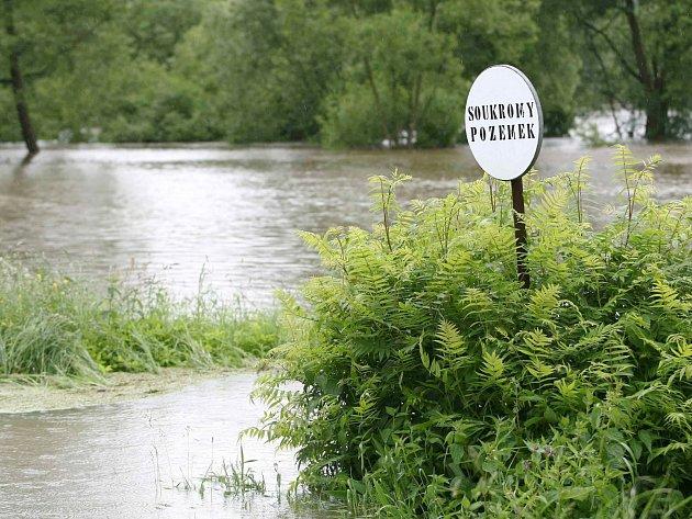Zaplavená Stružnice - červen 2013.