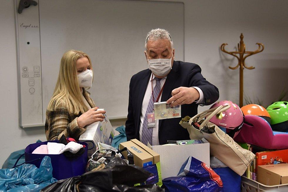 Charitativní sbírka Dejte věcem další šanci se koná dvakrát do roka. Věci tentokrát putovaly do českolipské Farní charity.