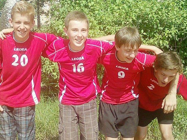 Mladí volejbalisté ZŠ Lada měli radost.