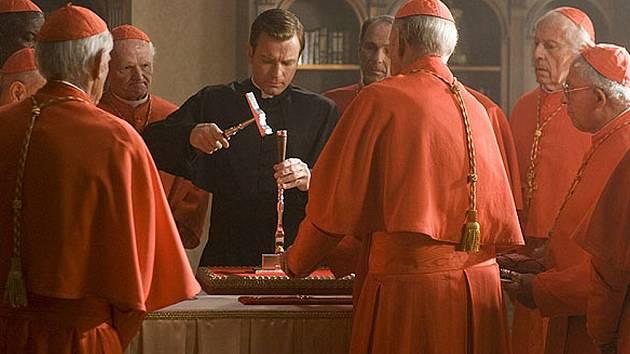 Ve snímku Andělé a démoni hraje jednu z hlavních rolích i Ewan McGregor. Film dnes promítá kino Crystal v České Lípě.