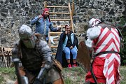 Program slavností na vodním hradě se nesl v rytířském duchu.