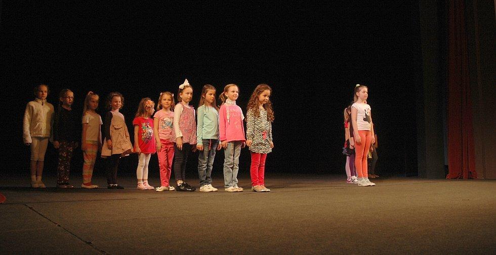 Na nedělní zkoušce finalistky předvedly, že talentu mají na rozdávání.