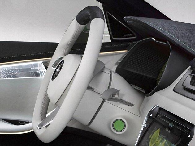 Křišťálové části jsou kvidění uvnitř ivně vozu.