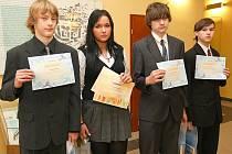 Skvělých výsledků dosáhli žáci základní školy Dr. M. Tyrše Ondřej Pleticha, Anna Tschernatschová, Karel Nápravník a Pavel Šťastný.
