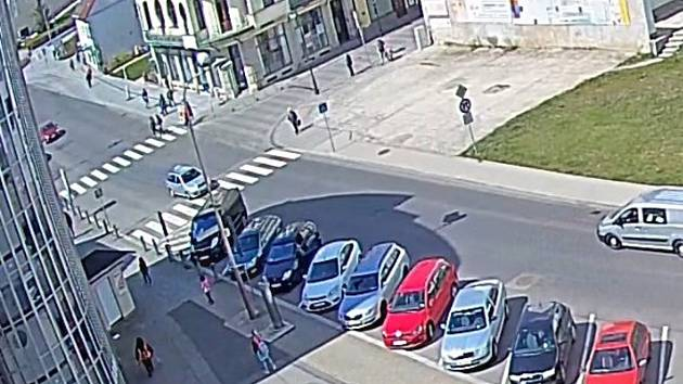 Místo události. Centrum České Lípy u obchodního domu Andy.