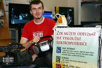 Sběrné koše na vysloužilé elektrospotřebiče najdeme už v osmi prodejnách na Českolipsku.