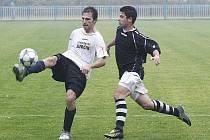 Podzimní zápas mezi Doksy a Jablonným skončil spravedlivě – 2:2.