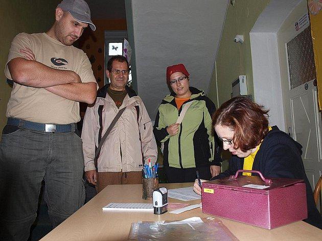 Novoborský geozávod o skleněnou ještěrku pořádaný DDM Smetanka sklidil velký úspěch.