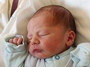Rodičům Gabriele Sokolíkové a Davidu Brožovi ze Žandova se v úterý 5. září ve 3:30 hodin narodil syn Oliver Brož. Měřil 53 cm a vážil 3,38 kg.