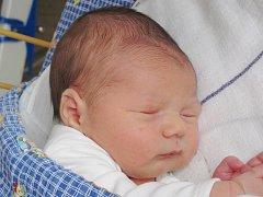 Mamince Haně Holické z Horní Police se 5. března ve 14:58 hodin narodil syn Oliver Holický. Měřil 53 cm a vážil 3,98 kg.