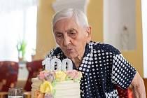 Jiřina Jirková oslavila své 100. narozeniny.