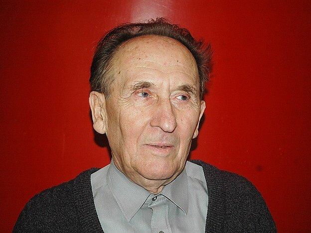 Josef Leurich dělal v kině Máj promítače od jeho počátků až do roku 2010 a s Karlem Hubáčkem se osobně znal.