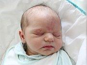 Rodičům Petře a Tomášovi Haškovým ze Stružnice se v neděli 8. dubna ve 13:48 hodin narodil syn Jonášek Hašek. Vážil 3,81 kg.