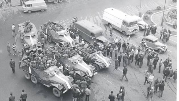 Snímek českolipského náměstí z budovy lékárny.