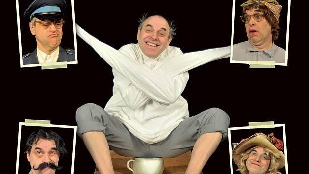 Miroslav Táborský v představení hraje patnáct rolí, používá řadu rekvizit či oděvních doplňků.