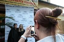 Ve filmové Cannes se proměnil Nový Bor v úterý 6. září. Kino hostilo slavnostní premiéru filmu Vlk z Vinohrad.