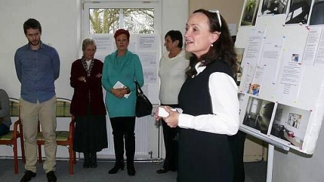 Oficiálního otevření centra se účastnili poskytovatelé sociálních služeb z Nového Boru a okolí, zástupci vedení města či seniorů.