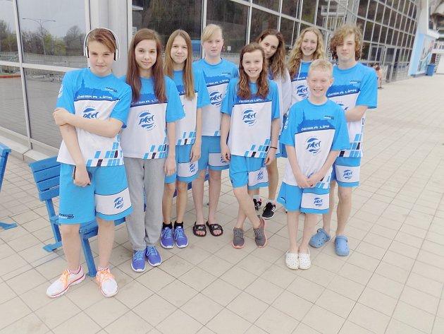 Do Prahy vyrazila devítičlenná skupina českolipských plavců.