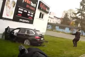 Tak policie zadržela řidiče kradeného vozu v České Lípě