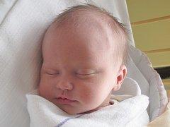 Mamince Lucii Duškové ze Svoru se v pátek 14. března narodila dcera Adéla Dušková. Měřila 49 cm a vážila 3,39 kg.