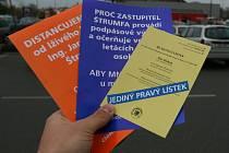 Lidem v České Lípě se v den voleb dostaly do rukou podivné letáky.