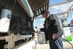 Motoristům v České Lípě slouží nová čerpací stanice na stlačený zemní plyn (CNG) v sousedství autobusového náraží.