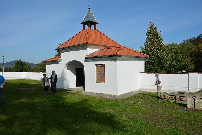 Ačkoliv z malé vsi na Žandovsku a rolnického rodu udělal Josef Zenker (1785 – 1852) ve své době oslnivou kariéru v carském Rusku.