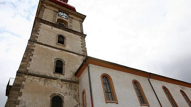 Kostel sv. Petra a Pavla v Mimoni.