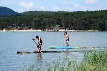 První červnový víkend 1.-2. června se na písečné pláži na Máchově jezeře ve Starých Splavech uskuteční třetí ročník paddleboardového festivalu pro celou rodinu SUP Fest Mácháč.