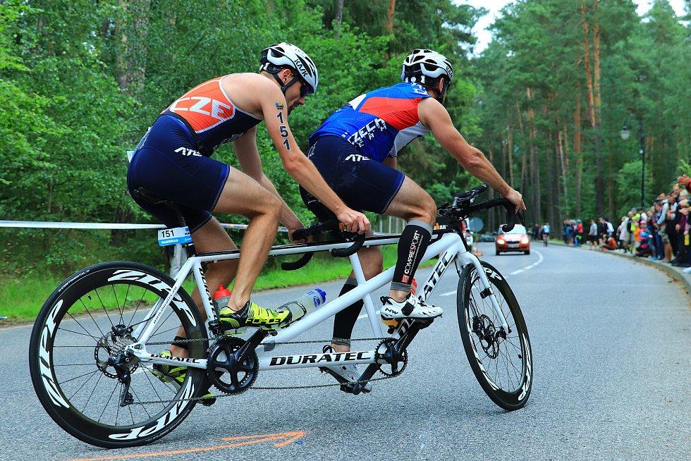 V Hamru na Jezeře se uskutečnil další ročník oblíbeného triatlonového závodu Hamrman.