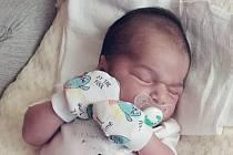 Rodičům Nikole Sivákové a Luboslavu Gurgulovi z Nového Města pod Smrkem se v pondělí 2. listopadu ve 21:28 hodin narodil syn Ryan Gurgul. Měřil 47 cm a vážil 3,14 kg.