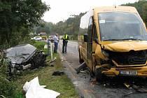 Tragická dopravní nehoda u obce Dubá Zakší na Českolipsku si vyžádala dvě oběti na životech
