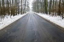 Koncem března se rozjede rekonstrukce krajské silnice II/273 u obce Okna na Českolipsku. Stavba za více než 55,5 mil. Kč bude financována z Integrovaného regionálního operačního programu, kam Liberecký kraj předložil projekt vloni na podzim. Po novém by s