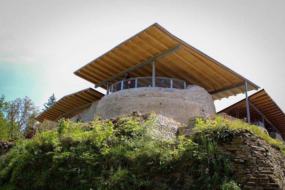 Hrad Vízmburk na Trutnovsku.