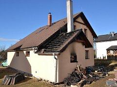 Oheň způsobil škodu za 180 000 korun.