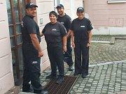 Tým asistentů prevence kriminality, který v České Lípě spadá pod městskou policii, se rozrostl o další dva členy.