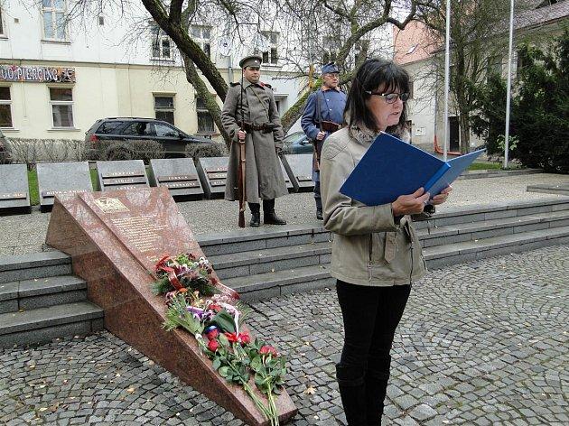Slavnostní projev přednesla místostarostka Alena Šafránková a historik Ladislav Smejkal.