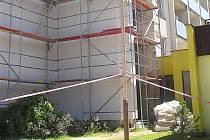 Rekonstrukce fasády DPS v České Lípě.