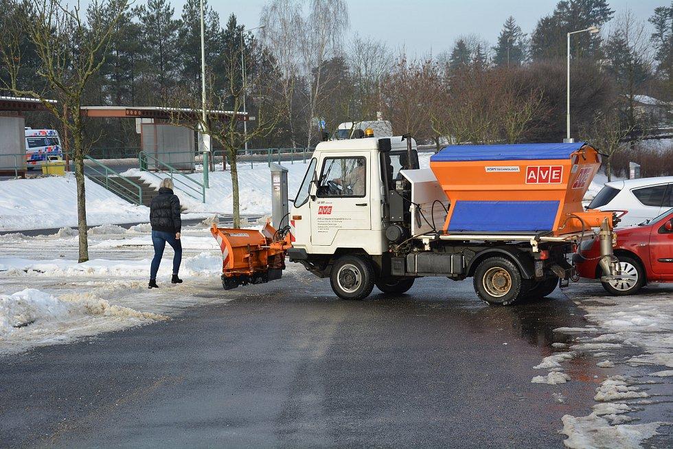 Úklid sněhu v České Lípě.