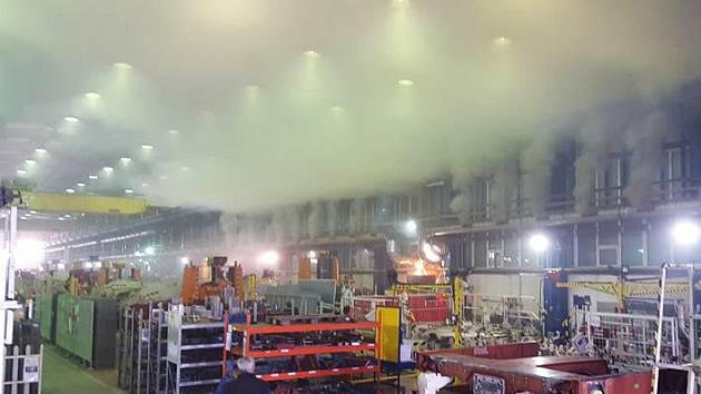 Z ventilace ve firmě Bombardier se během středečního rána valil hustý kouř. Hořelo v rekuperační jednotce.